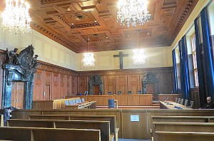 ... und als Ort der Rechtsprechung im Jahre 2015. Beide Fotos: oepb