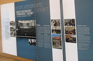 Eine Schautafel in der Ausstellung. Foto: oepb