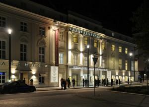 Das einstige Landestheater Linz an der Promenade 39 existiert seit 1803. Nun erstrahlt es als Schauspielhaus Linz in neuem Glanz. Foto: Schauspielhaus Linz