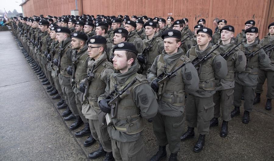 300 Oö Soldaten Schworen Eid Auf österreich Redaktion