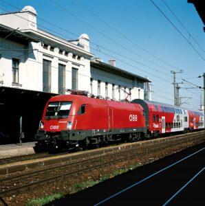 Erneuerungs- und Instandhaltungsarbeiten stehen den Sommer über am Bahnhof zu Wien-Hütteldorf an. Foto: ÖBB / Deopito