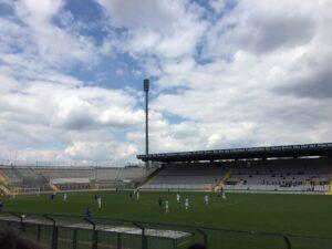 Über 500 Zuschauer im Schnitt hatte der TSV 1860 München bei seiner zweiten Mannschaft im abgelaufenen Jahr 2016/17. Nun wird das Stadion merklich voller werden. Am 21. Juli 2017 um 18.60 Uhr geht´s los. Foto: oepb
