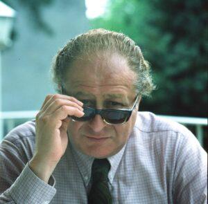 Dr. Bruno Kreisky, 1979. Der damals am Zenit seiner politischen Laufbahn stehende SPÖ-Bundeskanzler war nicht nur ein Respekts-Politiker zum Anfassen, er benötigte auch keine Geheimnummer und stand sogar im Wiener Telefonbuch. Foto: ÖNB / Margret Wenzel-Jelinek