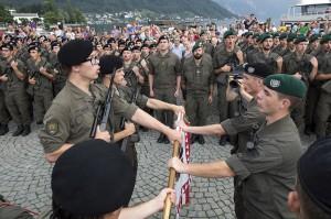 Die Grundwehrdiener beim Treuegelöbnis auf die Republik Österreich: Foto: Bundesheer / Simader