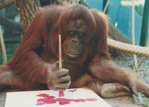 Nonja beim Malen. Foto: Jutta Kirchner