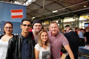 Aus allen Landesteilen waren die ÖBB-Lehrlinge angereist, um an der ersten Jobmesse ihres Unternehmens teilzunehmen. Foto: ÖBB / Sebastian Dumforth
