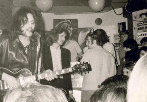 Die Band Gipsy Love live in der Camera, 1971. Foto: Privatsammlung Karl und Anna Ratzer