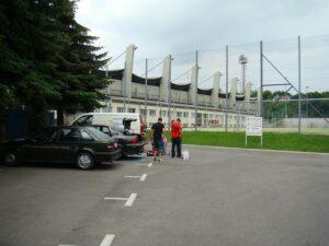 Vom Parkplatz ist es nur ein kurzer Weg in die VIP-Räumlichkeiten der VIENNA. Foto: oepb