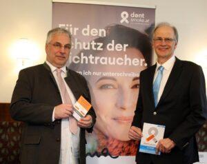 Links Dr. Christoph Reisner, MSc, Präsident der Ärztekammer für NÖ, sowie Univ.-Prof. Dr. Paul Sevelda, Präsident der Österreichischen Krebshilfe. Foto: Ärztekammer NÖ