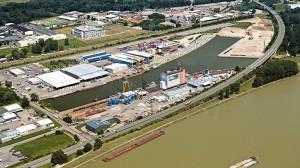Namenswechsel am Donauhafen Krems. Die Mierka Beteiligungs GmbH (MBG) heißt seit Oktober 2017 Rhenus Beteiligungs GmbH (RBG). Foto: Donauhafen Krems