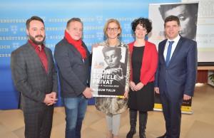 Von links: Matthias Pacher, Christian Bauer, Johanna Mikl-Leitner, Isabelle Blanc, Peter Eisenschenk. Foto: Stadtgemeinde Tulln
