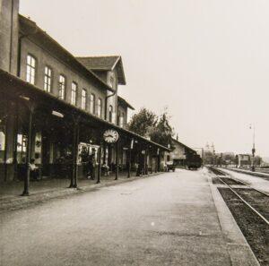 Blick auf den Bahnhof in Tulln im Jahre 1963. Foto: Alessandra Comini