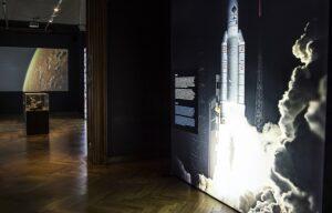 """Ausstellungsansicht """"Kometen. Die Mission Rosetta"""". Foto: NHM Wien, Kurt Kracher"""
