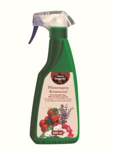 Mit dem natürlichen Pflanzenspray Brennnessel lässt bellaflora die Herzen von Bio-Gärtnern und Kräuter-Hexen höher schlagen. Foto: bellaflora