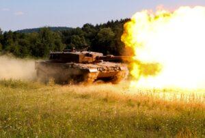Der Kampfpanzer Leopard 2A4 trifft Ziele in 4000 Meter punktgenau. Foto: BMLV