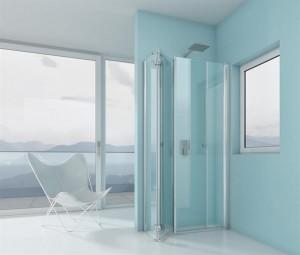 Nach dem Duschen werden die Duschtüren einfach weggeschwenkt, das Fenster ist wieder frei zugänglich. Foto: ARTWEGER