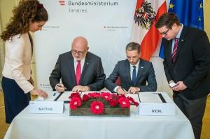 Sicherheit auf Schiene  seit mittlerweile 13 Jahren besteht eine erfolgreiche Partnerschaft zwischen dem Bundesministerium für Inneres (BMI) und den Österreichischen Bundesbahnen (ÖBB). Foto: BMI / Gerd Pachauer