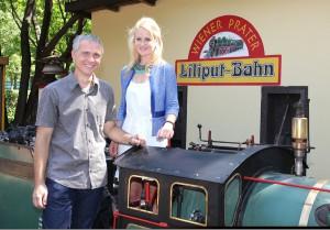 Die Inhaberin Anna Kleindienst und ihr Geschäftsführer Alexander Ruthner freuen sich über zahlreichen Besuch. Foto: Liliputbahn