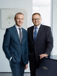 Ähnlich wie 2017 blieb Oberösterreich in den ersten sechs Monaten 2018 von Naturkatastrophen verschont. Bei der OÖ-Versicherung schlägt sich das in einem Rückgang der Schadenquote nieder. Gleichzeitig kann der Keine Sorgen-Versicherer im Kerngeschäft, der Schaden-Unfall-Versicherung, auf ein ansprechendes Wachstum verweisen. Darüber berichteten GD Dr. Josef Stockinger (rechts), sowie sein Stellvertreter Mag. Othmar Nagl. Foto: Oberösterreichische Versicherung AG