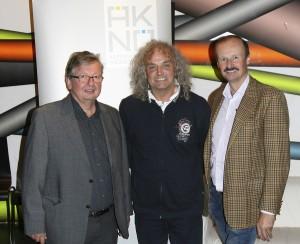 Im Bild von links: Prim. Dr. Harald Penz, OA Dr. Wolfgang Walentich, MSc sowie VP OA Dr. Ronald Gallob. Foto: Ärztekammer für NÖ