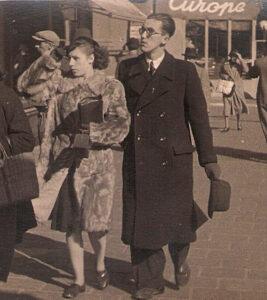 Das noch nicht verheiratete Paar Bärbel Dohnalek und Erwin H. Aglas imFrühling 1943 in Wien. Foto: oepb