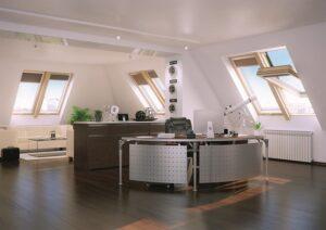 FAKRO startet die Sanierungsoffensive. Energie Sparen mit Fenstertausch - JETZT. Foto: FAKRO Dachflächenfenster GmbH