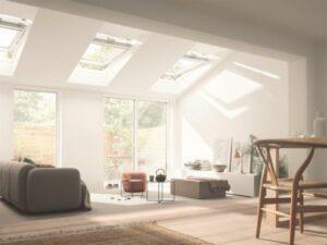 Einfach und samrt - VELUX ACTIVE sorgt nicht nur für strahlend helle Räume, ...