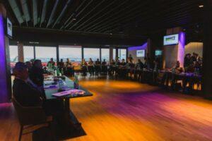 Lob, Respekt und Anerkennung wurde der violetten Vereinsführung ob der voranschreitenden Tätigkeiten rund um das Gesamtpaket AUSTRIA WIEN von allen Seiten gezollt. Foto: FAK