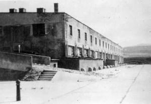 Das Objekt X diente 1944/45 den Häftlingen als Küchen- (Erdgeschoß) und Schlafbaracke (1. Stock). Foto: Foto: Archiv/PiB3/Stadtarchiv Melk