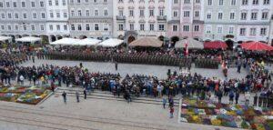 In Reihe und Glied zur Angelobung angetreten! Der Hauptplatz in Linz war am 26. April 2019 dem Österreichischen Bundesheer unterstellt. Foto: BMLV / Vzlt Anton MIKLA