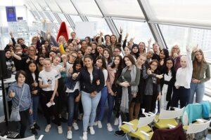 50 Mädchen haben fünf Tage lang in technische Bereiche und Berufe bei den ÖBB und IBM hinein geschnuppert. Foto: IBM / Pepo Schuster