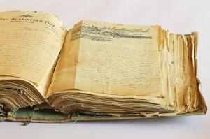 Album mit 363 eingenähten und eingeklebten Briefen von Jakob Wassermann an seine erste Ehefrau Julie Speyer. Foto: ÖNB