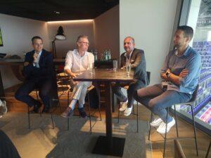 Die neue violette Führungs-Crew. Im Bild von links: Markus Kraetschmer, Peter Stöger, Ralf Muhr und Alexander Bade. Foto: FAK