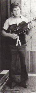 Geige und Fussball, das waren die Leidenschaften von Alois Zipflo Weinrich. Foto: Alois Weinrich / oepb