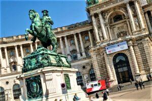 Blick auf das Haus der Geschichte Österreich in der Neuen Burg am Heldenplatz in Wien. Foto: HdGÖ