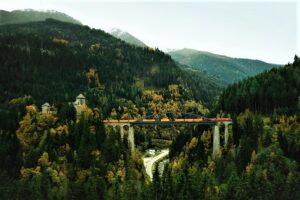 Die ÖBB RCG übernimmt mit ihren spürbaren Maßnahmen im Bereich CSR eine Vorreiterrolle, denn die Bahnlogistiker setzen dabei auf nachdrückliche Forcierung der Verlagerung des Verkehrs auf die umweltfreundliche Schiene. Foto: ÖBB RCG / David Payr