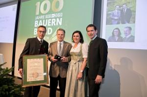 Der ausgezeichnete Sixtus Lanner (zweiter von links). Foto © Harald Klemm