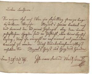 """Eintragung von Graf Ferdinand Waldstein: """"Durch ununterbrochenen Fleiß erhalten Sie: Mozart's Geist aus Haydns Händen.""""; Beethovens Stammbuch; 1792 – Foto: © Österreichische Nationalbibliothek"""