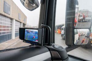 Die LKW-Flotte der ÖBB wird für die Zukunft mit Abbiegeassistenten ausgestattet. Foto: © ÖBB Michael Fritscher