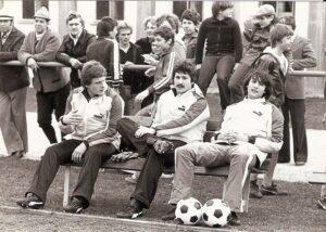 Kurt Nagl wurde auch in den ÖFB-Nachwuchs berufen. Hier 1979/80 im Rahmen eines Unter 21-Länderspieles in Amstetten gegen die Türkei. Im Bild von links: Peter Meister und Alfred Roscher (beide First Vienna FC http://www.oepb.at/allerlei/der-first-vienna-fc-ist-120-sommer-jung.html), sowie Kurt Nagl vom LASK. Foto: © oepb