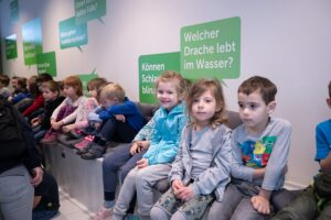 Die Begeisterung für die Literatur wird bei den Kindern gefördert. Foto: © Daniel Hinterramskogler