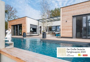 """Der """"Bungalow Bayern"""" von GRIFFNER überzeugte unter 68 eingereichten Häusern und erhielt den """"Golden Cube"""" im Rahmen des """"Großen Deutschen Fertighauspreises 2020"""". Foto: © GRIFFNER"""