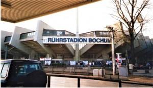 """Der VfL Bochum gilt seit jeher auch ein bisserl als """"Graue Maus """"im Deutschen Profifußball. Dennoch verfügt der Verein heute über mehr Mitglieder als er aktuell an Zuschauerzahlen aufweisen kann. Foto: © oepb"""