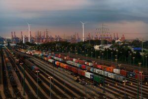 Die Warenströme der ÖBB Rail Cargo Group von und nach China legen zu. Die Verbindungen zwischen China und Europa gewährleisten direkte Im- und Exportportverbindung mit geringen Laufzeiten. Foto: © ÖBB / David Payr