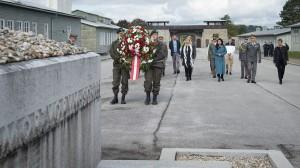 Bundesministerin Tanner startet Bildungskooperation mit der KZ-Gedenkstätte Mauthausen. Foto: © BMLV / Pusch